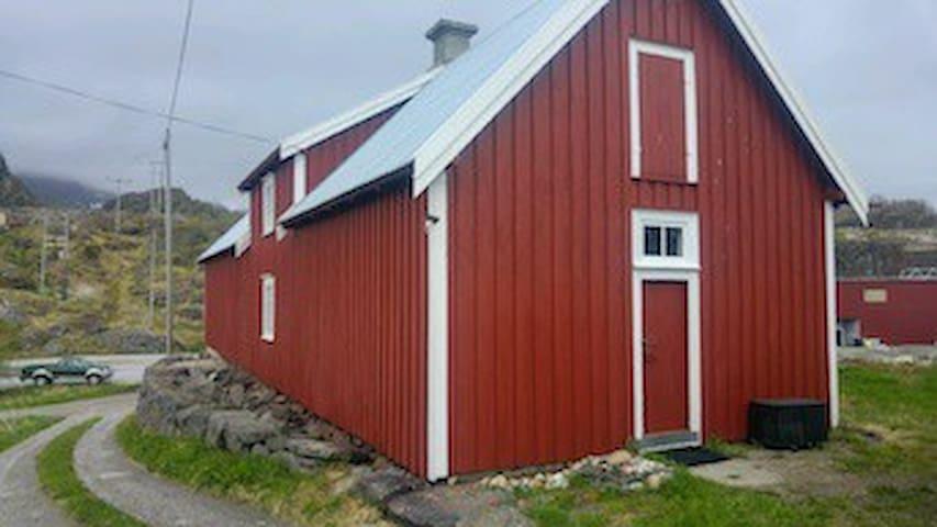 Stamsund的民宿