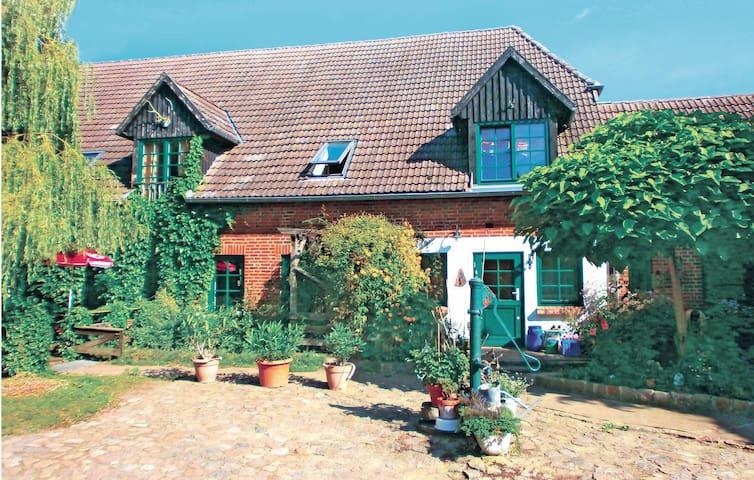 Thulendorf/Sagerheide的民宿
