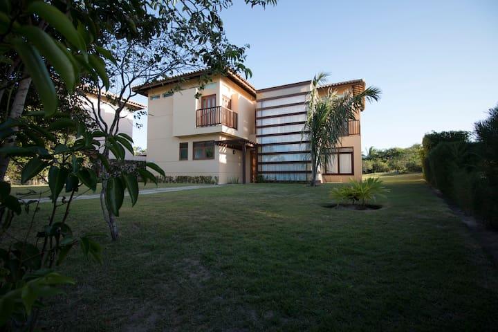 Casa 4 suítes, Condomínio Luxo. Costa do Sauípe.
