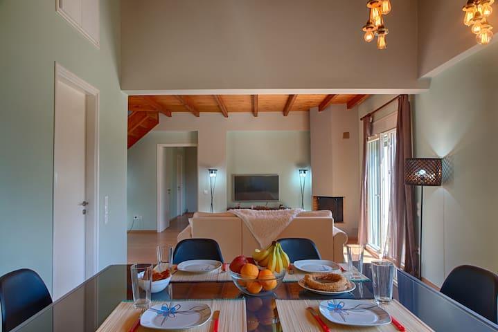 Modern Eco friendly Villa - Close to center