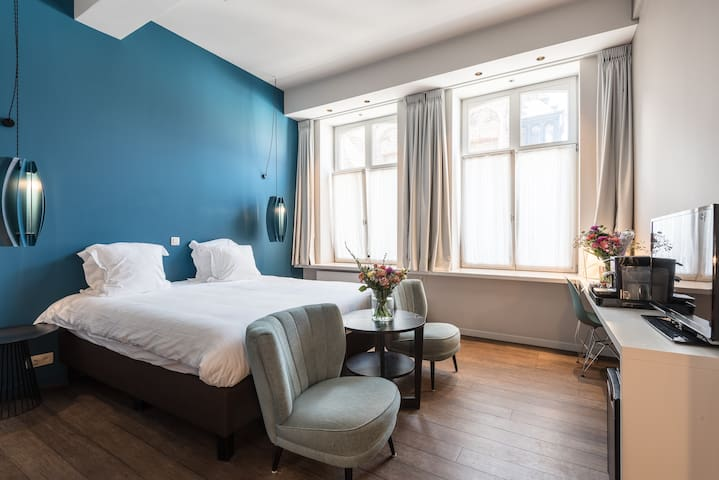 Stay in the heart of Bruges