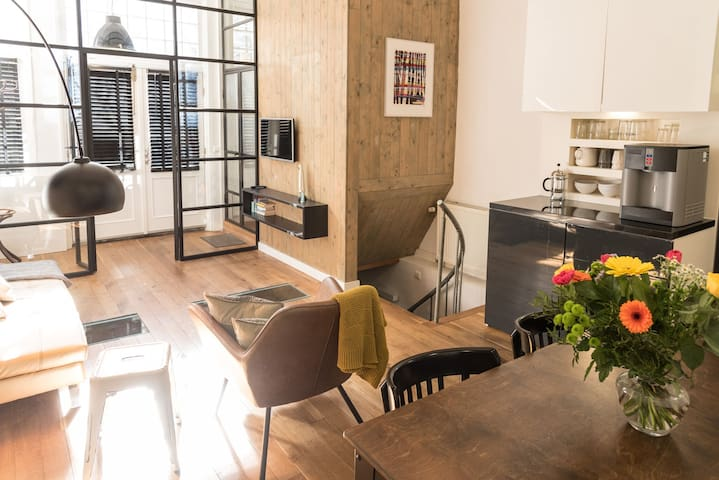 The Warehouse: at home in Amsterdam