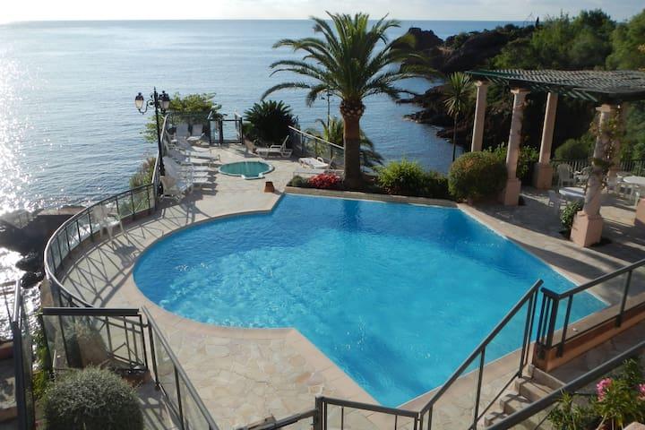 Théoule-sur-Mer的民宿