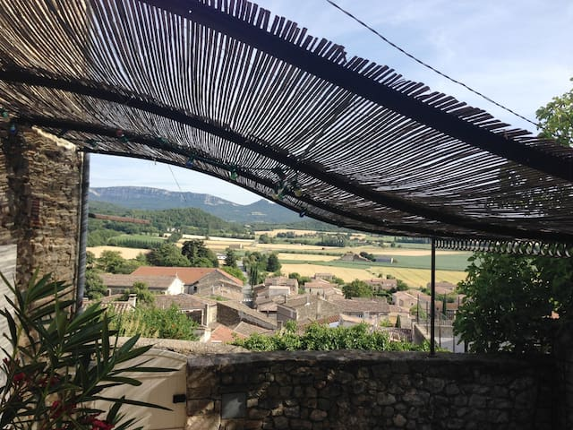 Puy-Saint-Martin的民宿