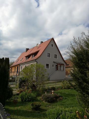 Ellingen的民宿