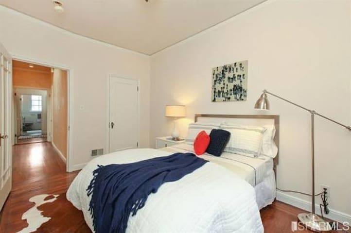 Breathtaking, Private Suite in Tuscan Villa