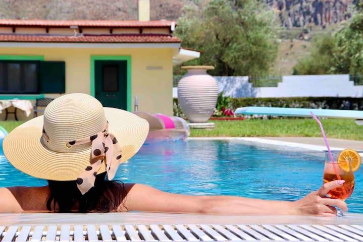 Escape to Kipos: Private Pool Villa near Mesologgi