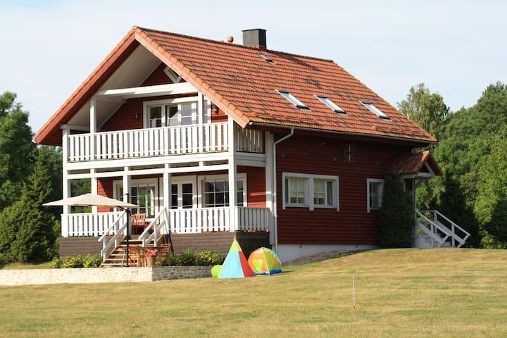 Kukekaarli Villa Holiday Home