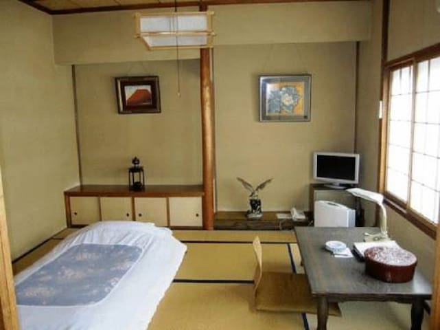 Takaoka-shi的民宿
