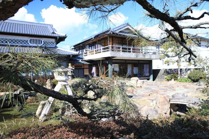 Hayashima-chō, Tsukubo-gun的民宿