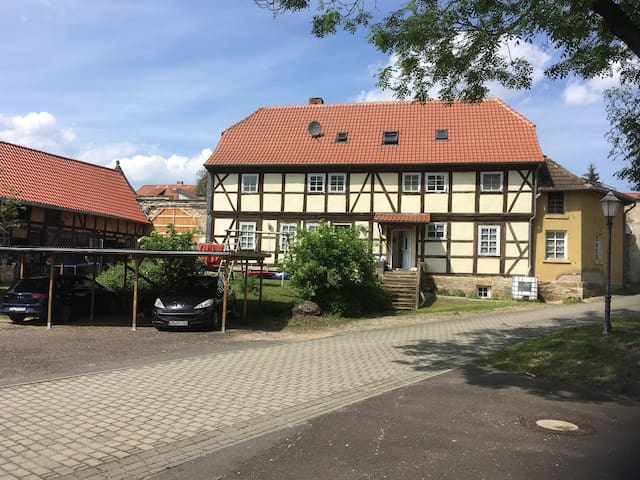 Hötensleben的民宿