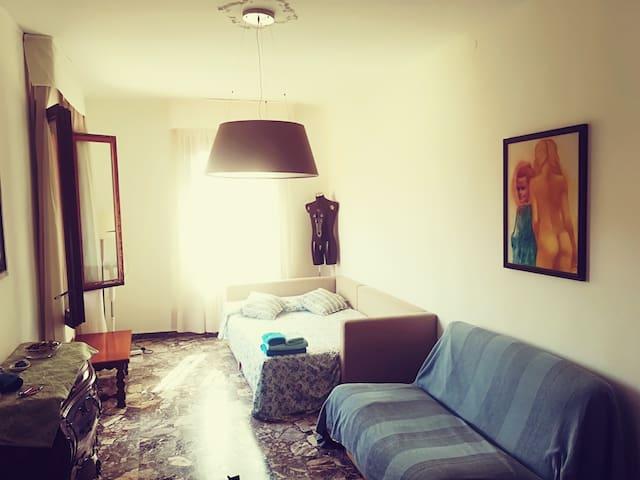 San Rocco - Huge Single Room - Canal view