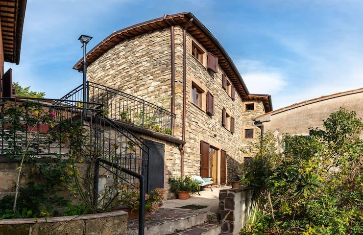 Rocca Colonnalta的民宿