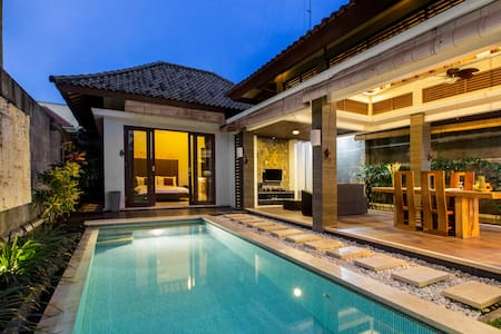 Romantic Villa - 1 Bedroom - Seminyak