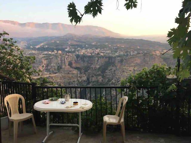Panoramic Qadisha Valley View (Entire Apartment)