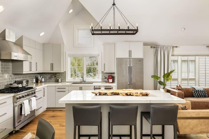 $6 Million Aspen Residence | Steps to Everything