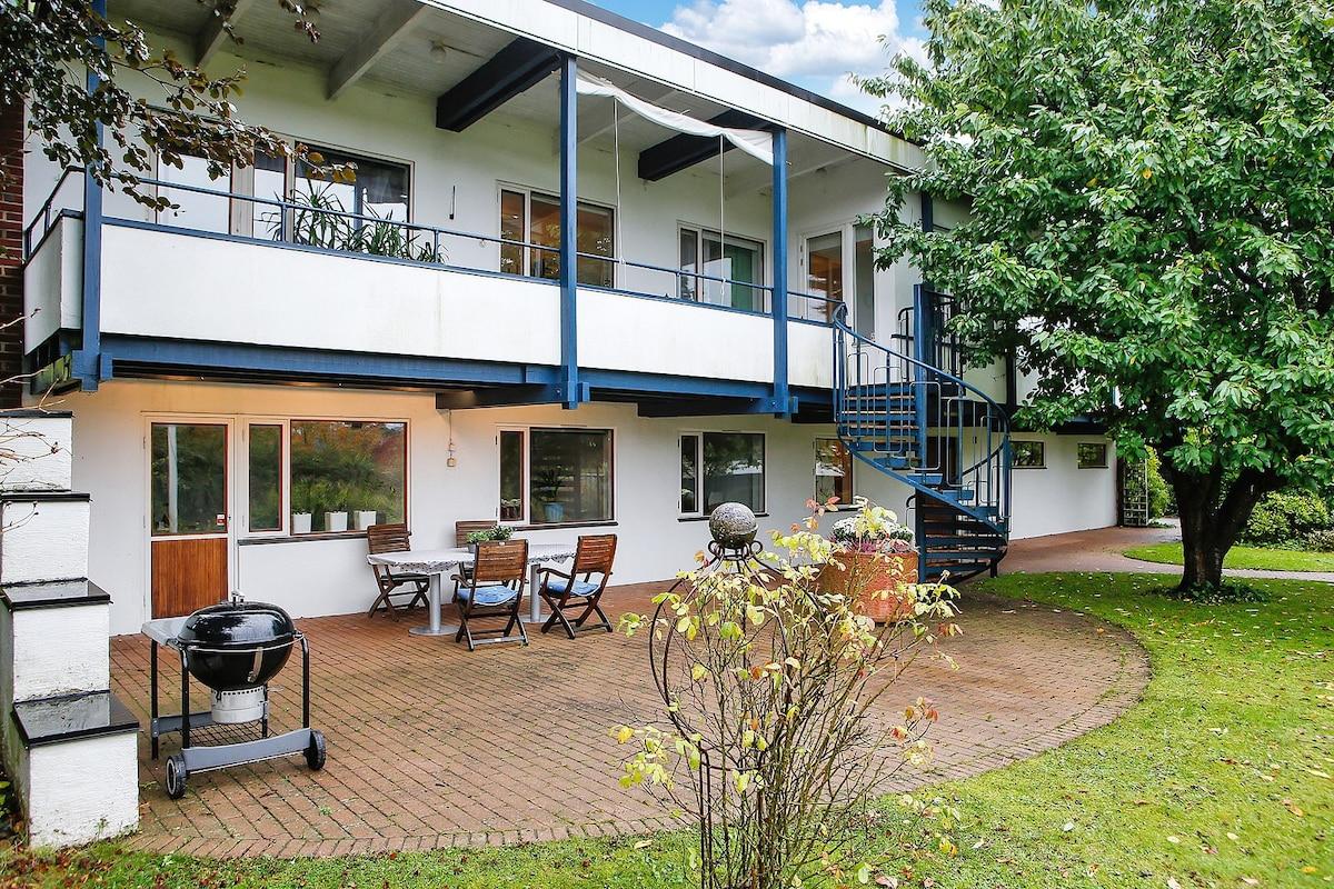 Ett litet enkelrum i Villa Weibull