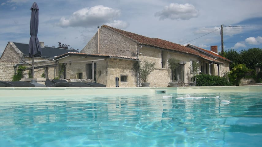 Entire House | Loire Valley | Sleeps 9