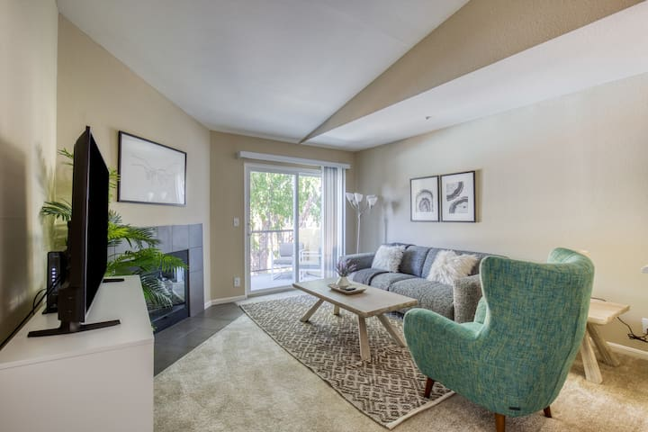 Lovely 2BR in Foster City, Parking + Pet-Friendly