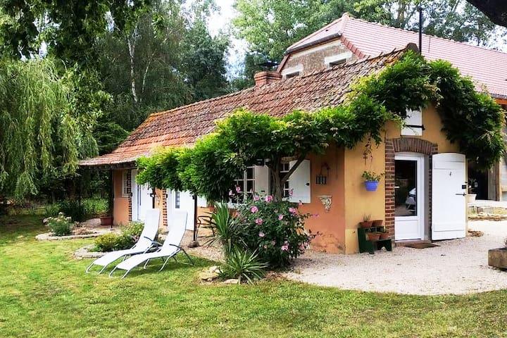 Savigny-sur-Seille的民宿