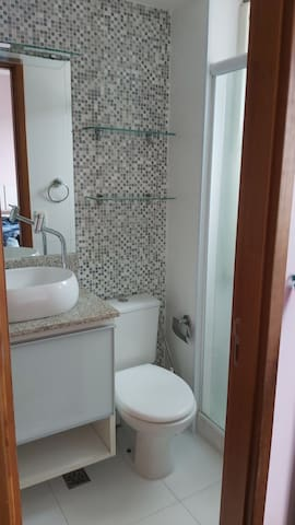 Apartamento novo 2 quartos e 1 escritório 2 banhos