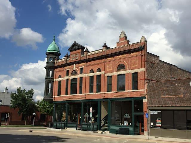 Warren Cultural Center