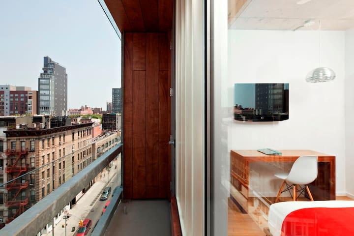 Nolitan Hotel, Balcony Room Accessible