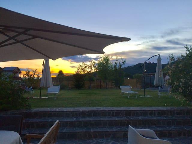 Rivanazzano Terme的民宿
