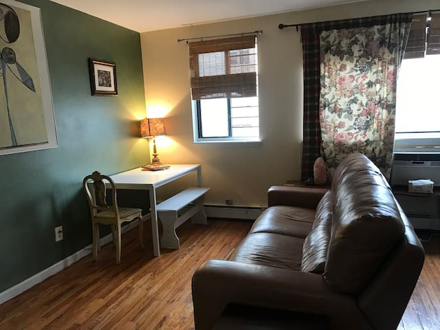 Beautiful Studio in Historic Inwood-NYC!