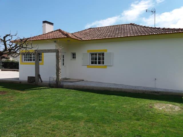 Borralha的民宿