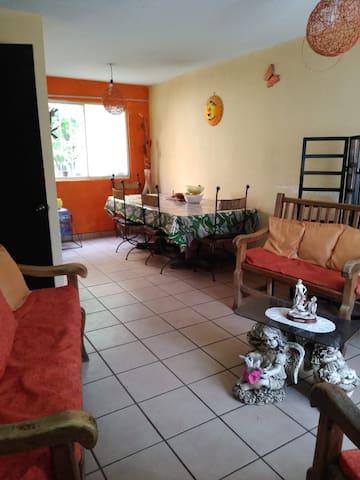Casa completa a 30 min del centro de Morelia