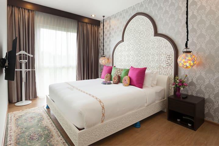 Lux suite in Moroccan style boutique hotel-Mae Rim