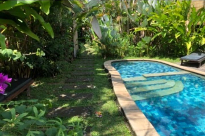 Peaceful villa in penestanan  with pool