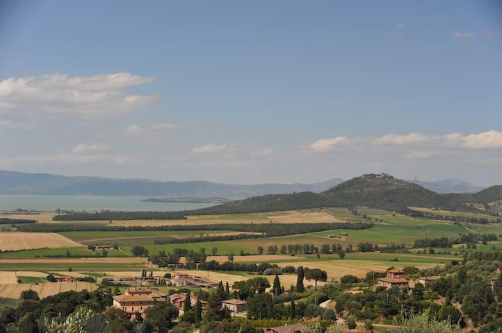 Castiglione del lago的民宿