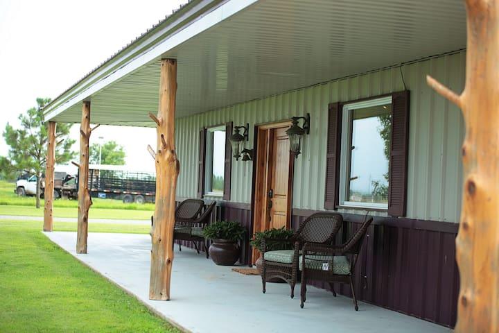Big Cabin的民宿