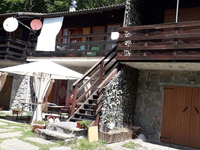 Villaggio degli Aracci的民宿