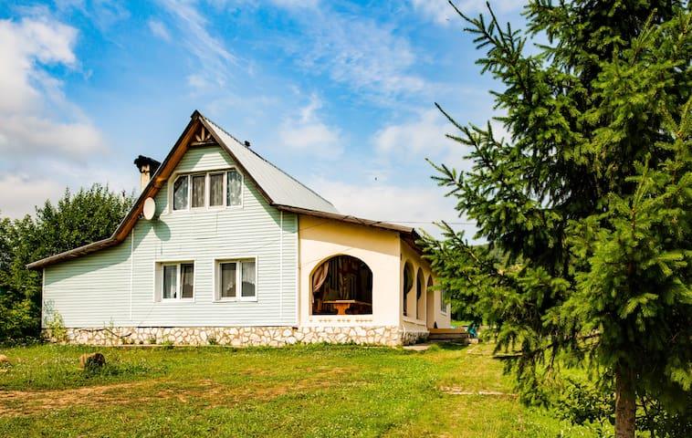 Novoyansaitovo的民宿