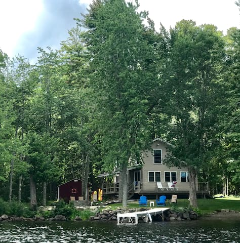 Knotty Pine lake home