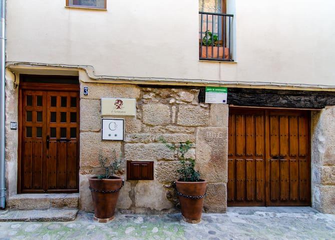 San Martín de Trevejo的民宿