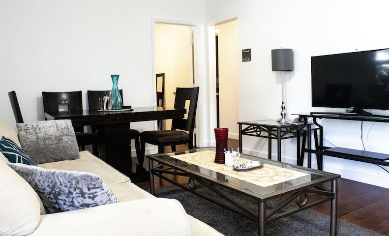 2 bedroom 1 bath home in heart of Design District