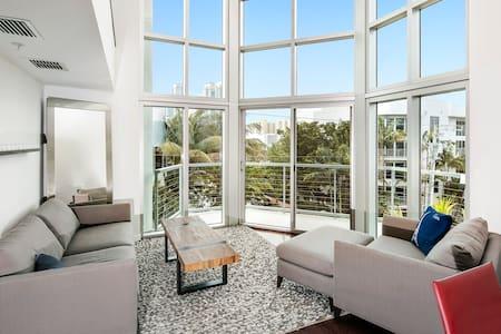 Luxury Residence in South Beach - Roof Top Pool