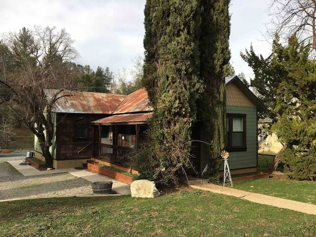 Newly remodeled historic home along Hwy 120