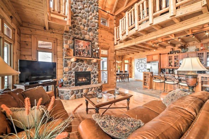 NEW! Luxe Lake Barkley Cabin w/ Hot Tub & Views!