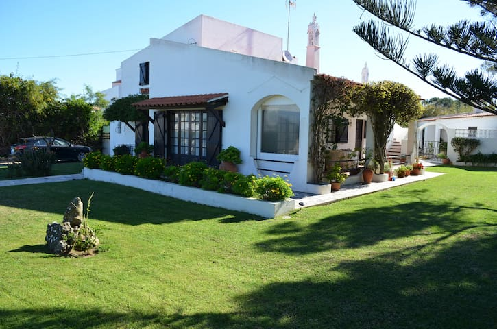 Excelente apt 5pax, terraço privado,jardim,parking