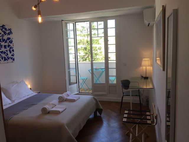 Top floor bedroom with balcony in Nice center