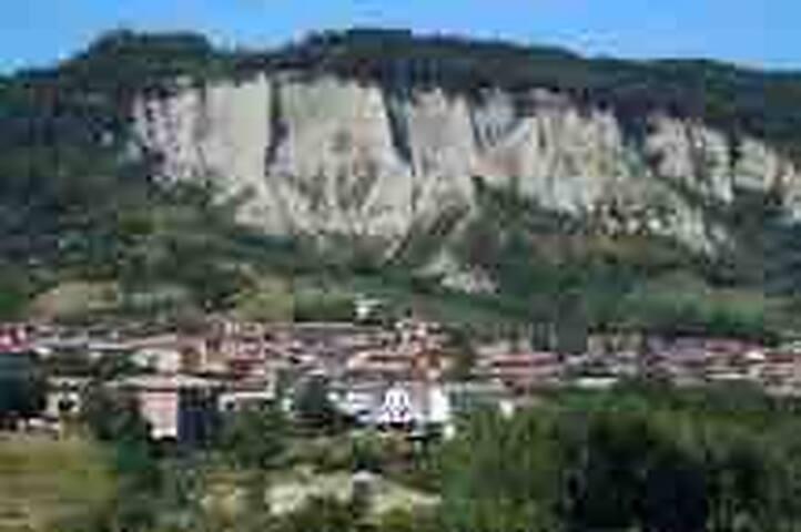 Lugagnano Val D'arda的民宿