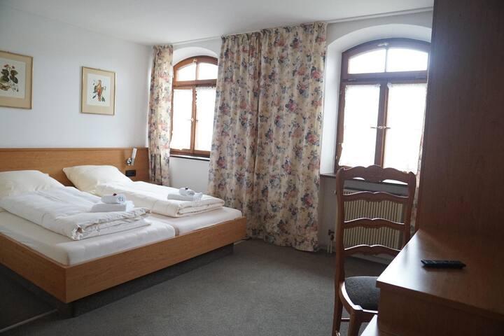 Aschau am Inn的民宿