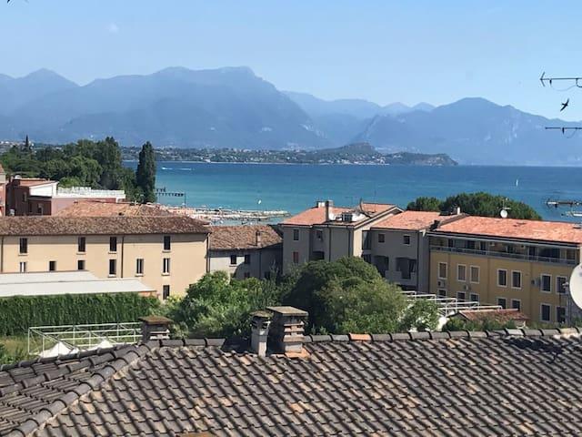 迪塞萨诺德加达(Desenzano del Garda)的民宿