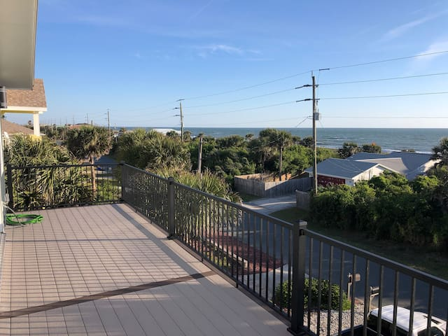 3 Story Panoramic Ocean Views