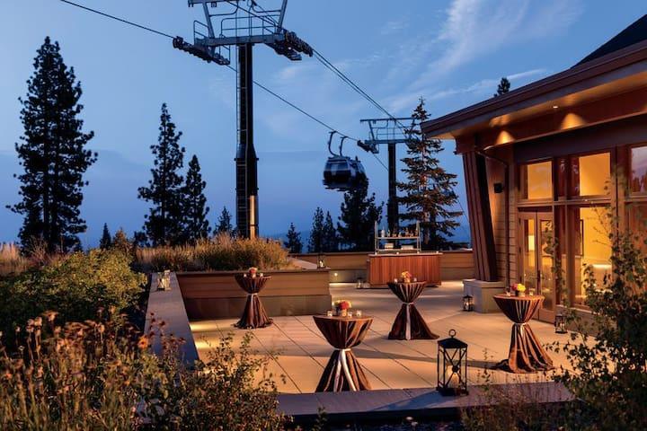 Ski-In/Ski-Out Ritz Residence 3BR Resort Villa
